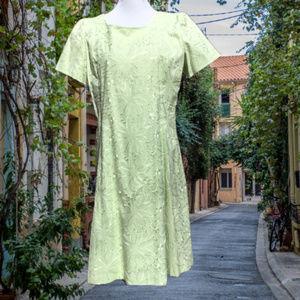 Eyelet A-Lime Dress Short Sleeve 18